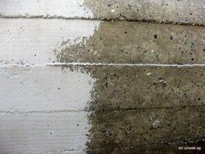 Farbentfernung mit Torbo auf Beton
