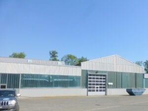 Industriehalle gereinigt